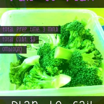 Broccoli and tuna healthy snack