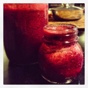Apple and Beetroot Boost Juice