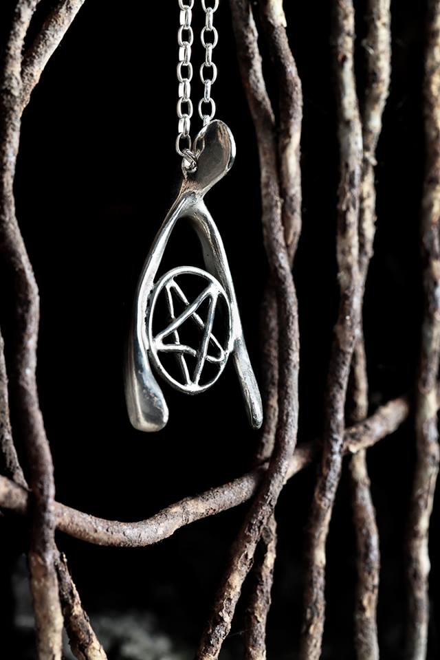 Scarlett Jewellery 2013 Darkest Day Wishbone Pendant
