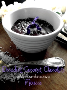 Coconut cream chocolate mousse dairy gluten and refined sugar free healthy paleo friendly paleolithic diet