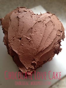 Chocolate love cake first icing