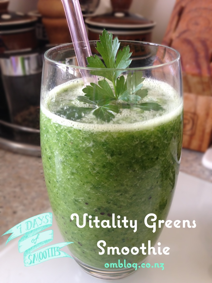 Vitality Greens Smoothie Kiwifruit Apple Spinach Banana Coconut Water